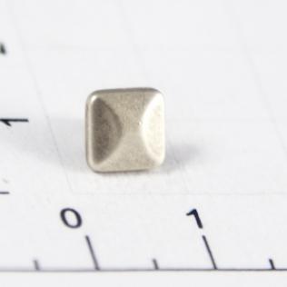 Заклепки квадратные 4 грани 7 мм серебро черное (античное)